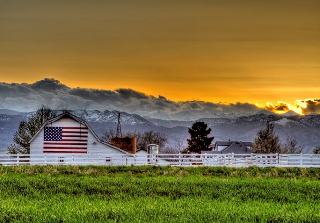 american-flag-Barn-in-Boulder-Casey-Mac