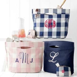 modern-pool-tote-gingham-2-o
